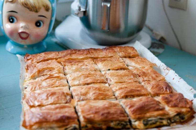 O Έλληνας θέλει την πίτα του!