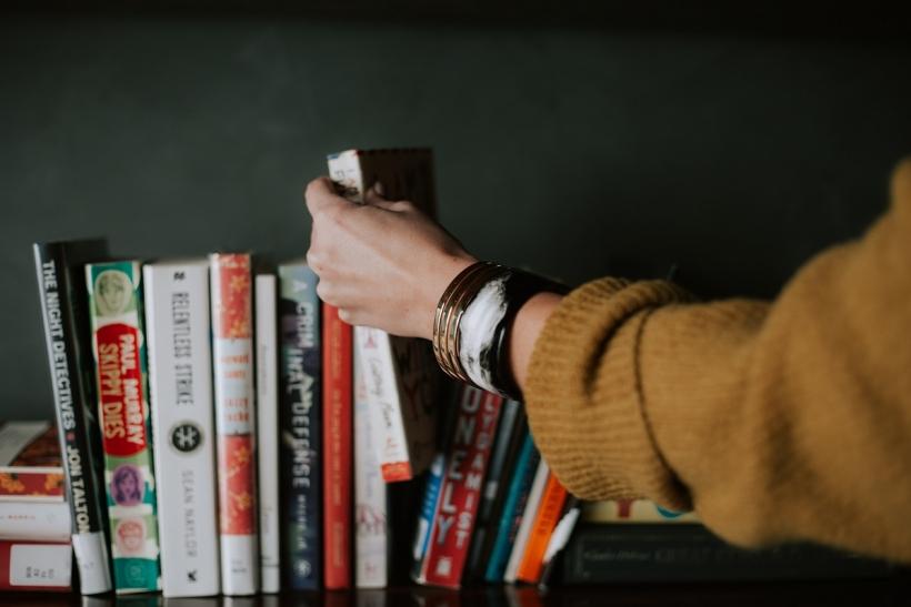 Βάλε ένα βιβλιοφάγο στη ζωή σου