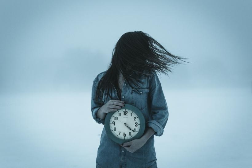 Ο χρόνος δεν παγώνει· ζήσε!
