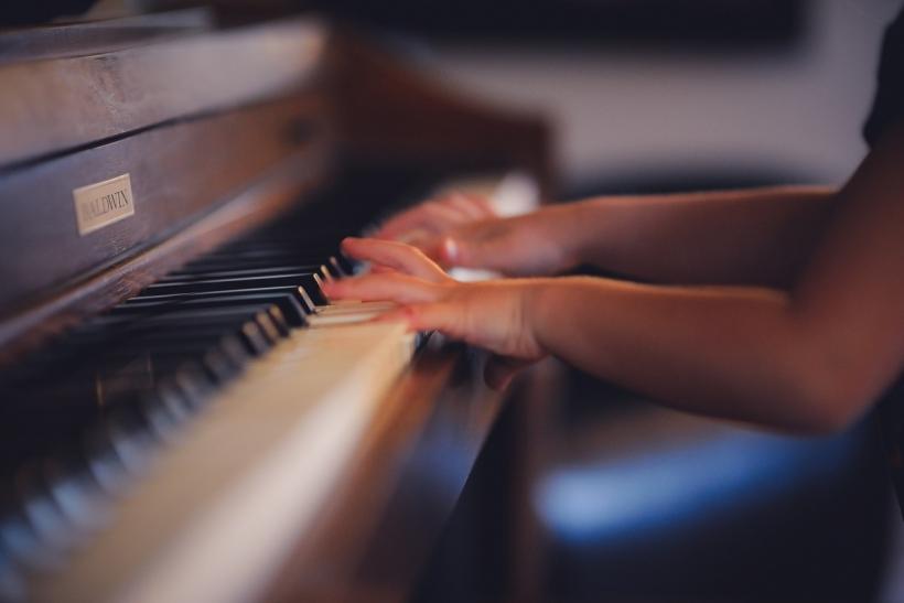 Η μουσική βοηθά στην ανάπτυξη των παιδιών