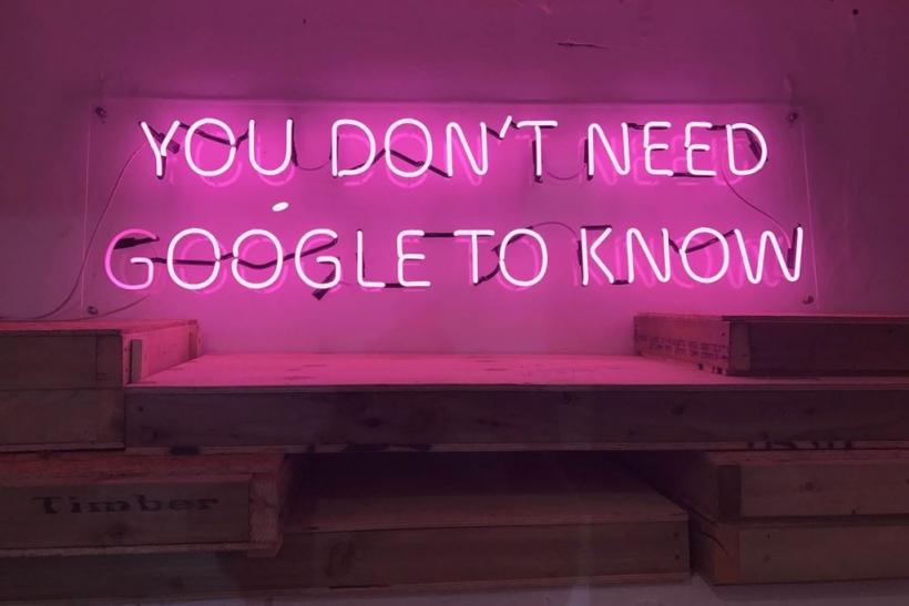 Σε μια εποχή ξερολίασης το «δεν ξέρω» σε τιμά