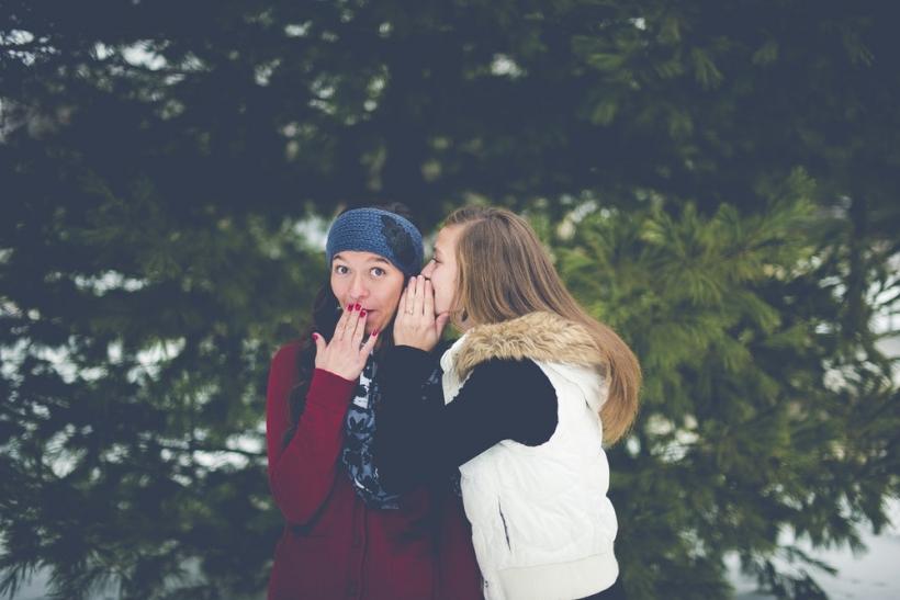 dating με λέξεις με φίλους Πώς να πεις στον καλύτερό σου φίλο ότι βγαίνεις με τον αδερφό της.