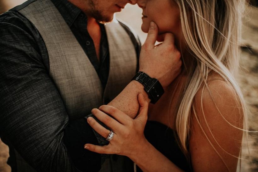 Δεν υπάρχει έρωτας με την πρώτη ματιά