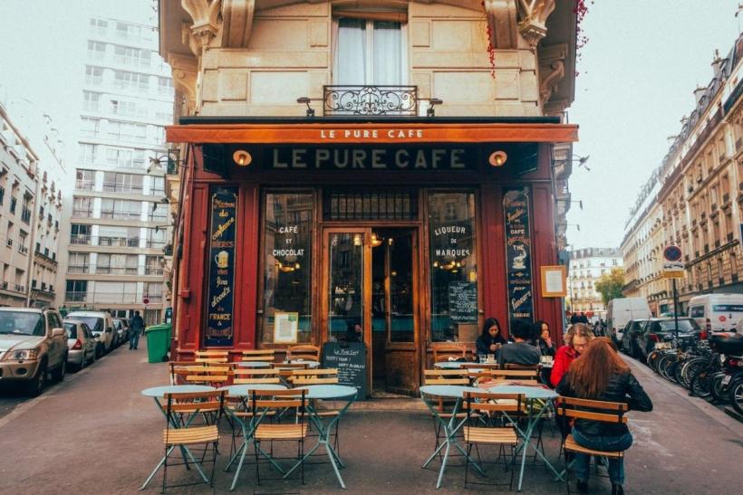 Οι πόλεις είναι οι άνθρωποι και τα μικρά κλασικά καφέ τους