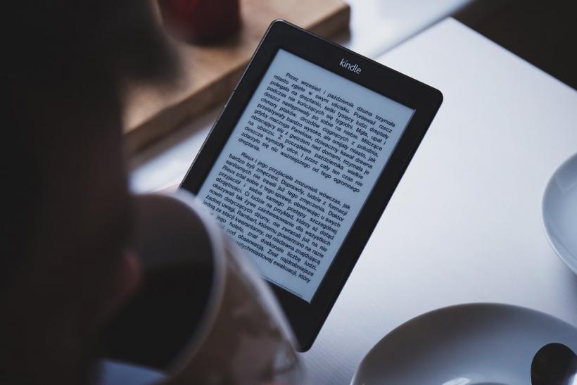 E-books∙ κατεβάζεις και διαβάζεις εύκολα και γρήγορα!