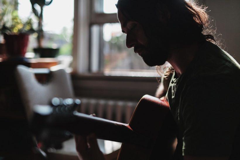 Τίποτα πιο τρυφερό απ' το να σου γράψουν ένα τραγούδι