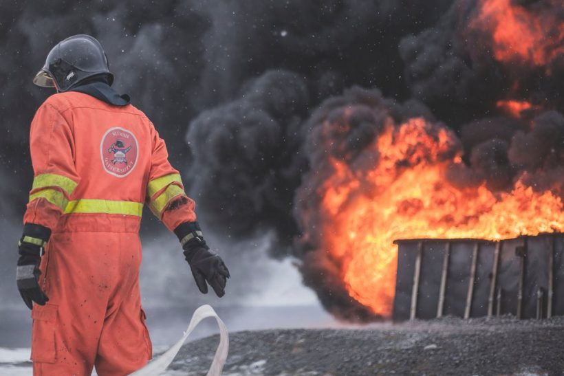 Πυροσβέστες∙ δε φοράνε όλοι οι ήρωες κάπα
