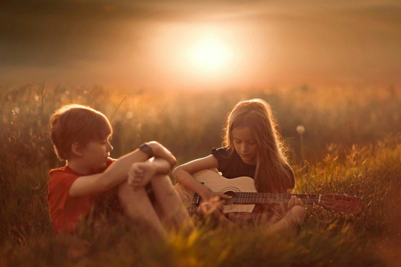 Επειδή είναι παιδικός δε σημαίνει ότι δεν είναι έρωτας