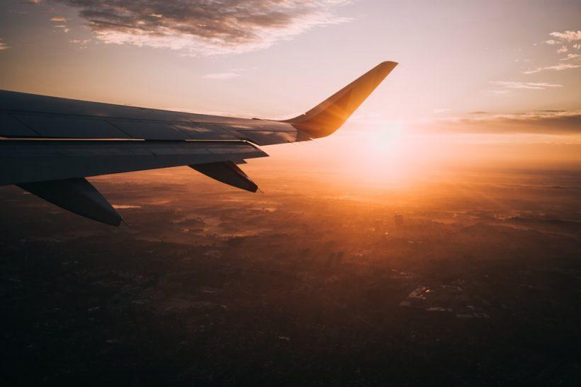 Tips επιβίωσης για πολύωρες πτήσεις