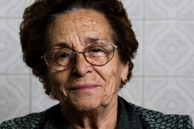 5 κλασικές προστατευτικές ατάκες της γιαγιάς