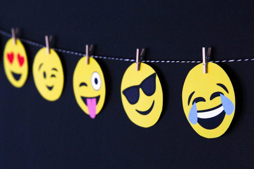 Πες το μ' ένα emoji