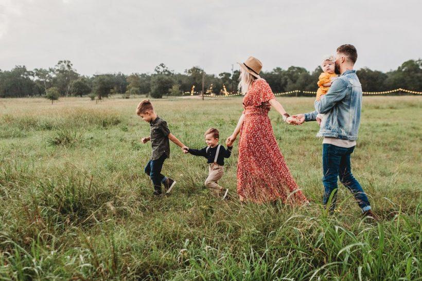 Δεν ορίζει ο γάμος το δέσιμο σε μια οικογένεια