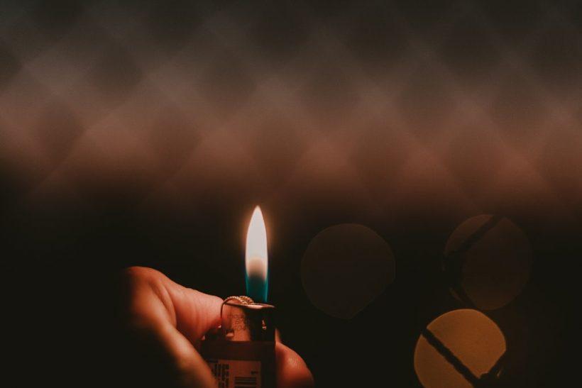 Δε μιλάμε για όσα πιο πολύ μας καίνε