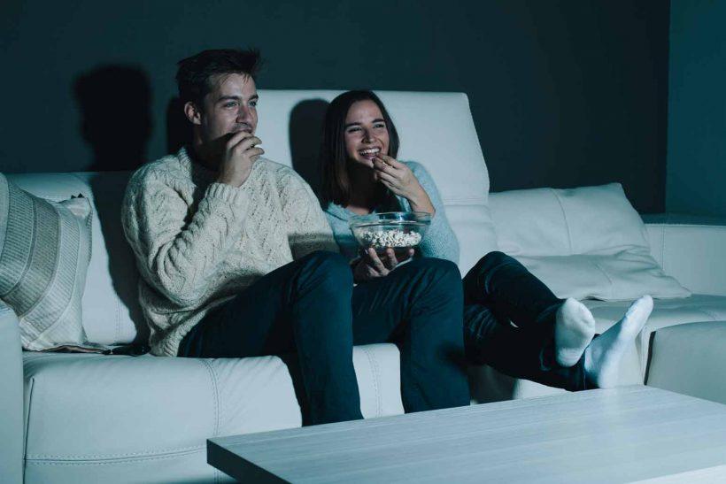 Η πρόσκληση για ταινία είναι πάντα πρόκληση για σεξ;