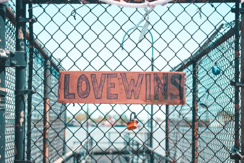 Ανώφελο να αποφεύγεις τον έρωτα