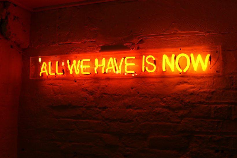 Χθες είχες πει «αύριο», κάν' το σήμερα!