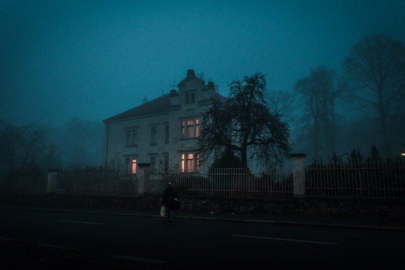Τα «στοιχειωμένα» σπίτια των παιδικών μας χρόνων