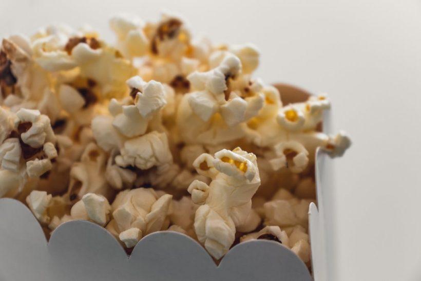 10 ταινίες που ντρεπόμαστε να ομολογήσουμε ότι γουστάρουμε