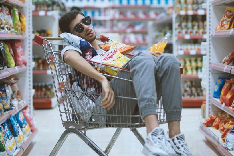 Σουπερμάρκετ μαζί και τα ψώνια ποτέ δεν είχαν τόση πλάκα