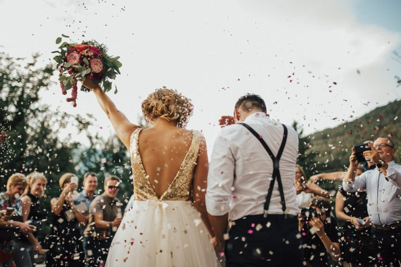 Αν είμαστε μπακούρια κι οι δύο μέχρι τα 40 ψήνεσαι να παντρευτούμε;
