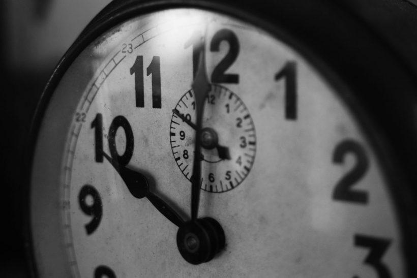 Θα γυρνούσες τον χρόνο πίσω να τα σβήσεις όλα;
