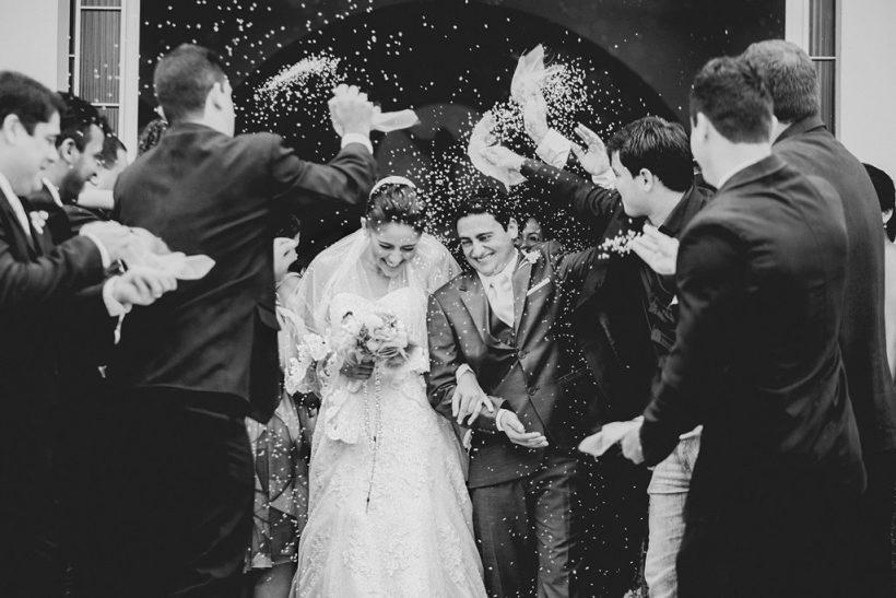 Ε, δε θα συγκινηθούμε στον γάμο του κολλητού;