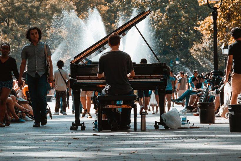 Street pianos γιατί η μουσική είναι για όλους