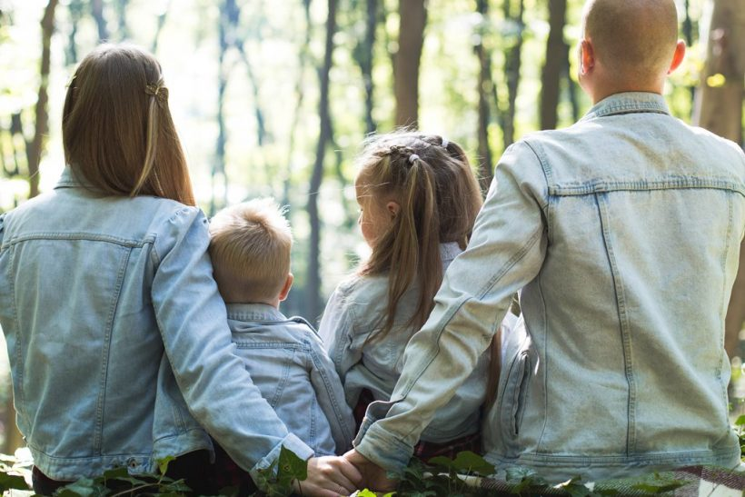 Μεταθέσεις∙ το αγκάθι της οικογένειας