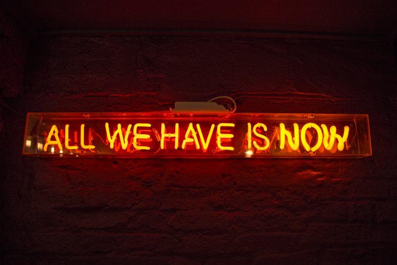 Οι στιγμές μας έχουν όση αξία τους δίνουμε εμείς
