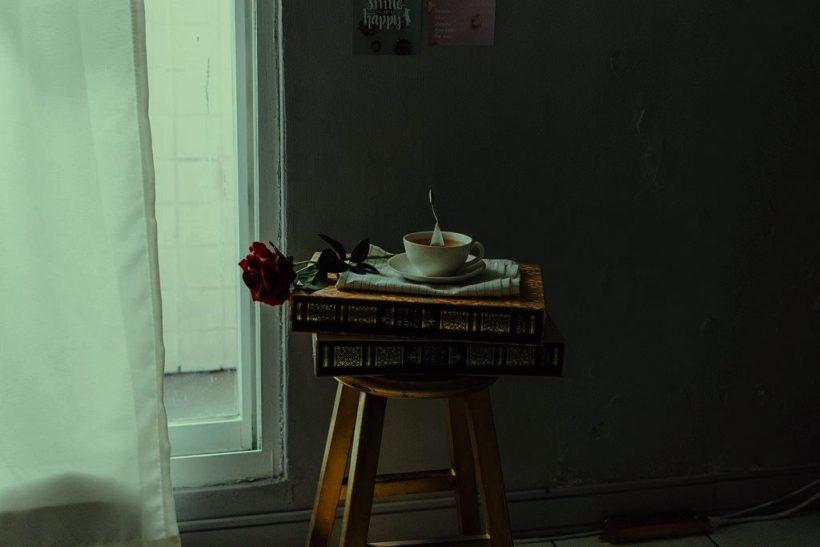Επαφές βαρετές σαν χλιαρό τσάι