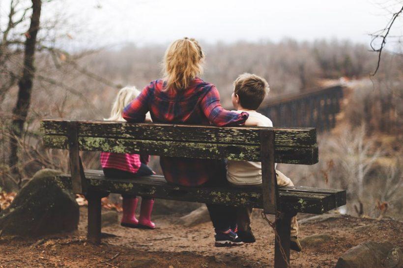 Γονείς που χώρισαν και δίδαξαν πως αξίζουμε την ευτυχία