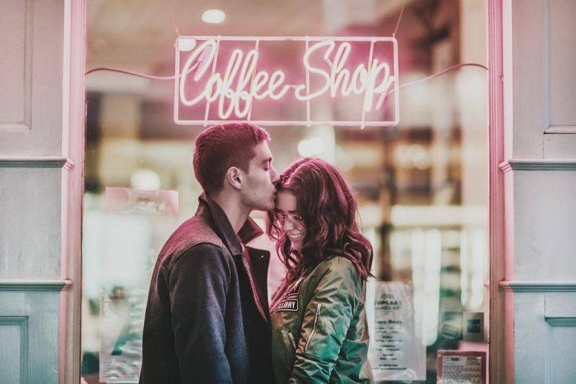 Να βγαίνετε οι δυο σας για καφέ!