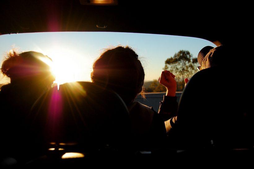 10 διαφορές των κολλητών από τους απλούς φίλους