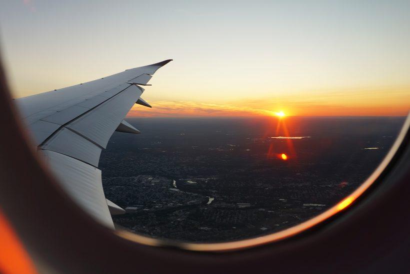 Ταξίδι με αεροπλάνο· μοναδική εμπειρία κι ας φοβόμαστε