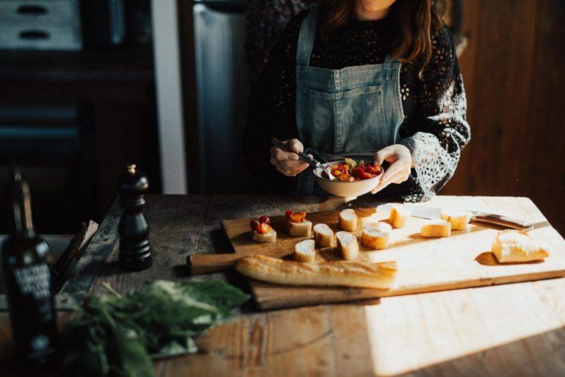 Λατρεύουμε τη μαγειρική και τα σχόλια για τα πιάτα μας μάς κάνουν καλύτερους