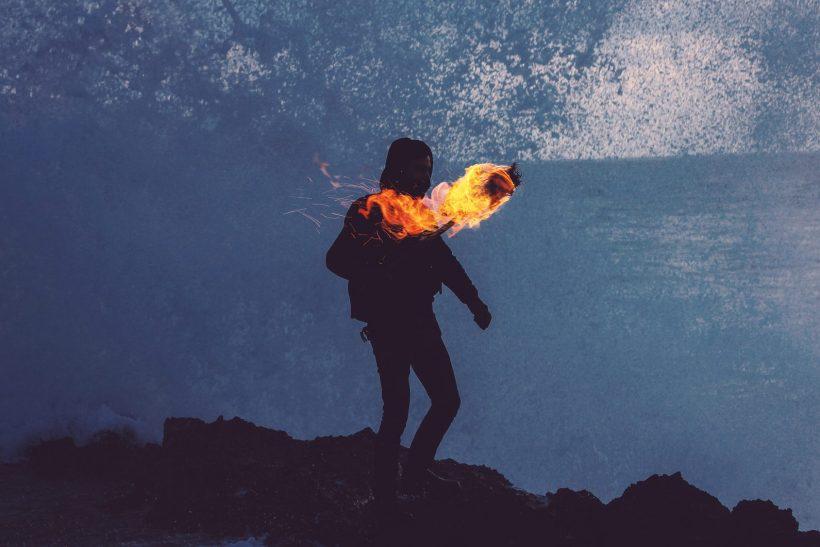 5 θρύλοι και μύθοι γύρω από τη φωτιά