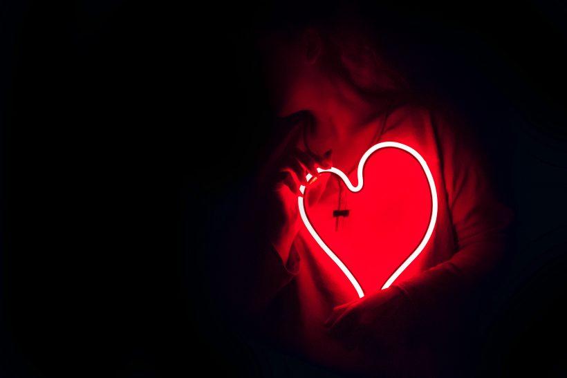 Ελεύθερο πνεύμα ο έρωτας· έρχεται και φεύγει όποτε θέλει
