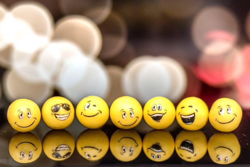 Τα emoji δεν είναι απάντηση!
