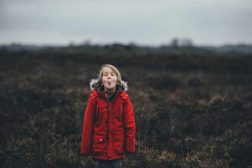 5 παιδικές μας συνήθειες που καλά κρατούν μέχρι σήμερα