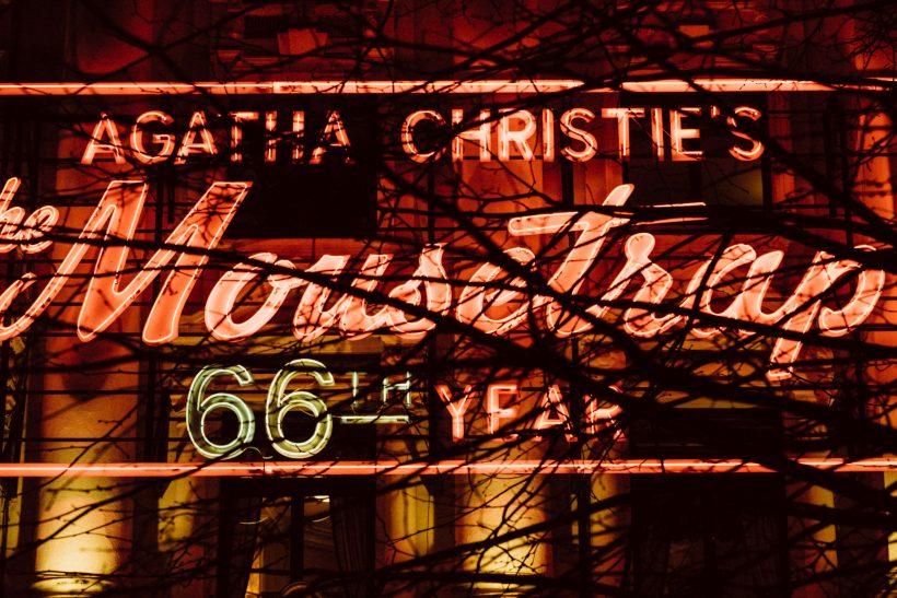 Αγκάθα Κρίστι· η μετρ του μυστηρίου που μας έκανε να το λατρέψουμε