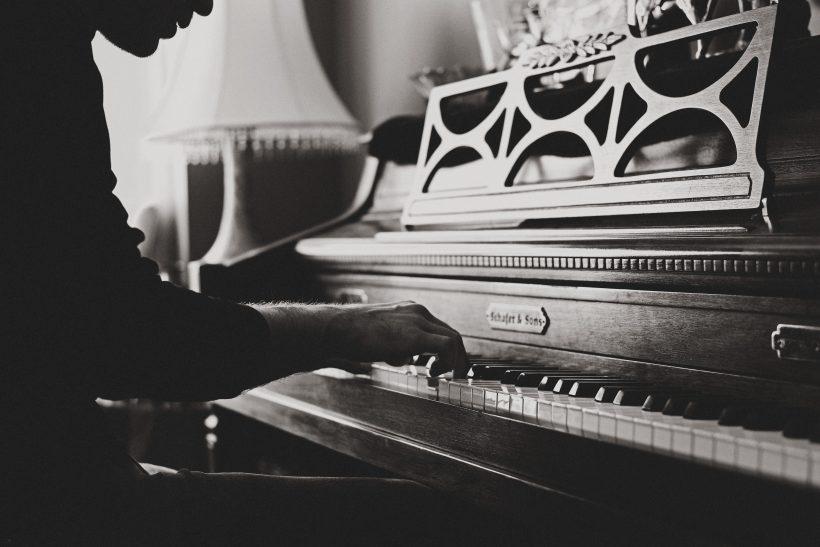 10 λόγοι που το πιάνο και οι πιανίστες μας γοητεύουν