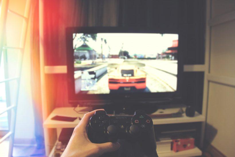 Είναι τα ηλεκτρονικά παιχνίδια για όλες τις ηλικίες;