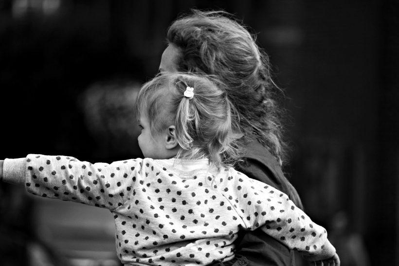 Σκέψου τα στραβά σου· θες σίγουρα να σου μοιάζει το παιδί σου;
