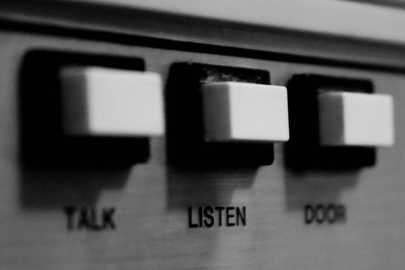 Προσπάθησε ν' ακούσεις τη φωνή της καρδιάς σου
