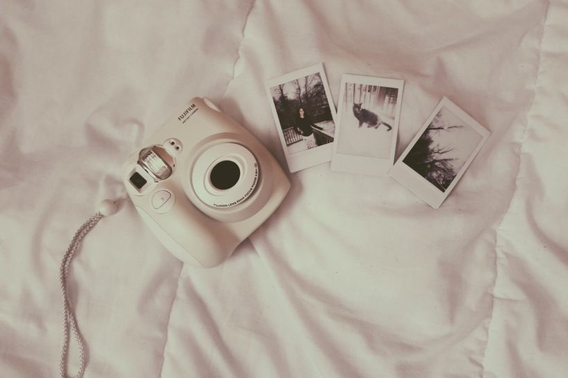 Η επιστροφή της Polaroid χαρίζει μια αίγλη στη φωτογραφία