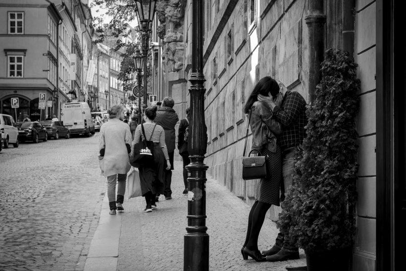Έρωτες που ψάχνουν στέγη