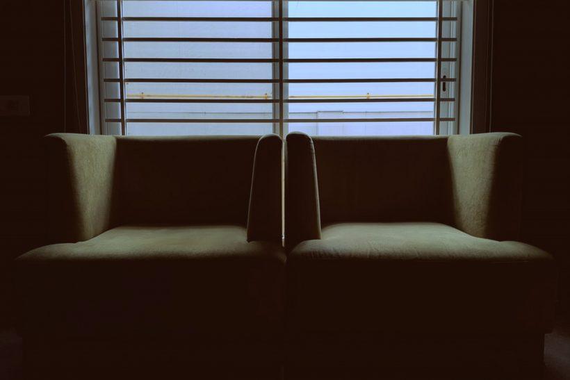 Πόσο κοντά μπορείς να είσαι με τον ψυχολόγο σου;