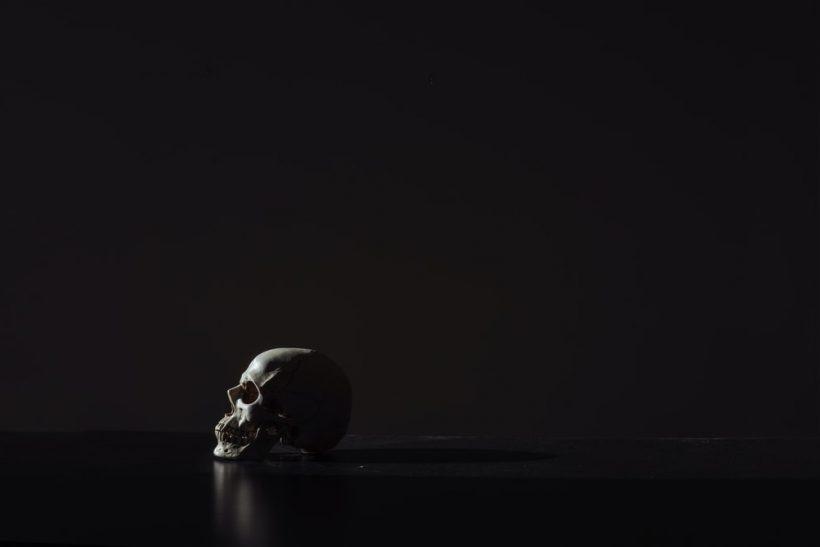 Σκοτεινές και «περίεργες» σκέψεις που αποτελούν κομμάτι μας