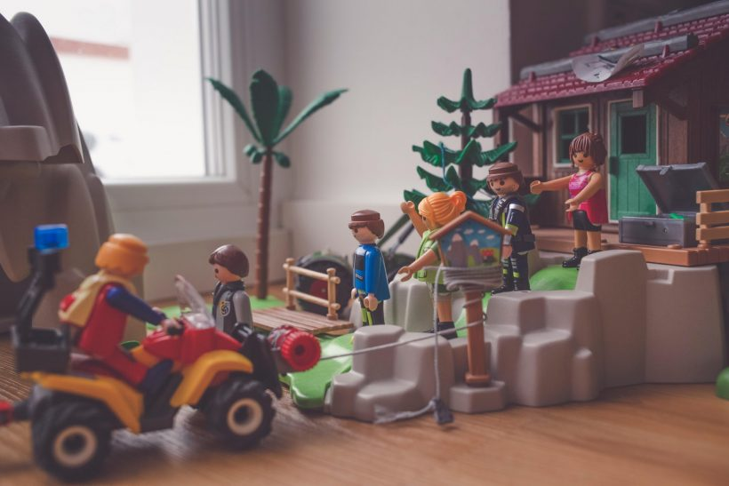 Γιατί να ορίζει το φύλο του παιδιού τα παιχνίδια του;