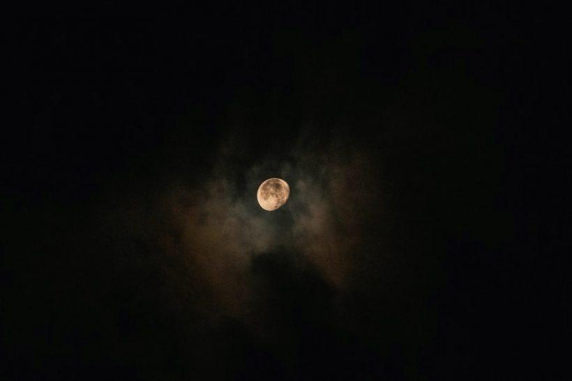 Τα (πολύ) ωραία συμβαίνουν πάντα νύχτα